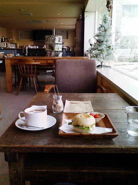 2008/12/15 Cafe mountain books マフィンサンドとミントココア