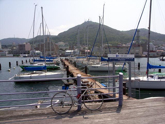 2009/07/05 緑の島から函館山を望む