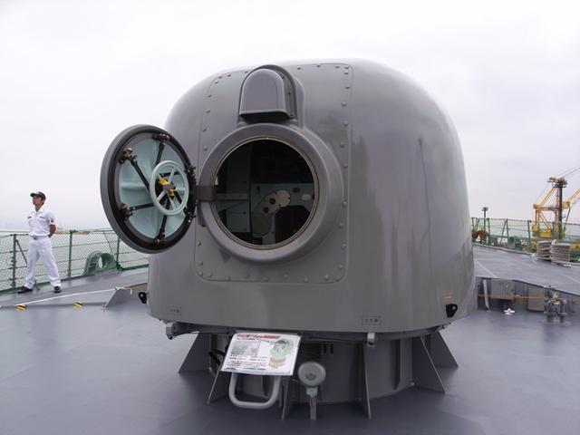 2009/08/03 DD-105いなづま 76mm砲 背面