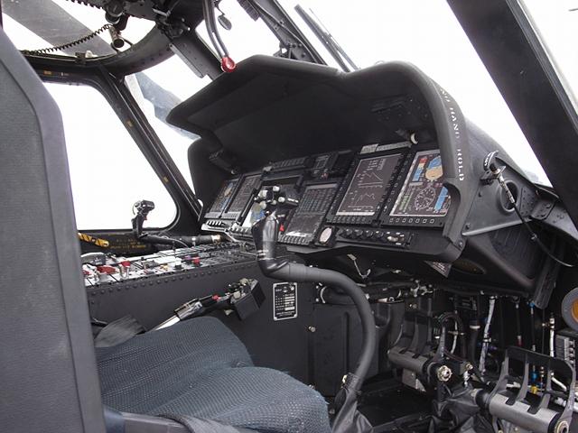 2009/08/02 DD-105いなづま搭載SH-60K コクピット