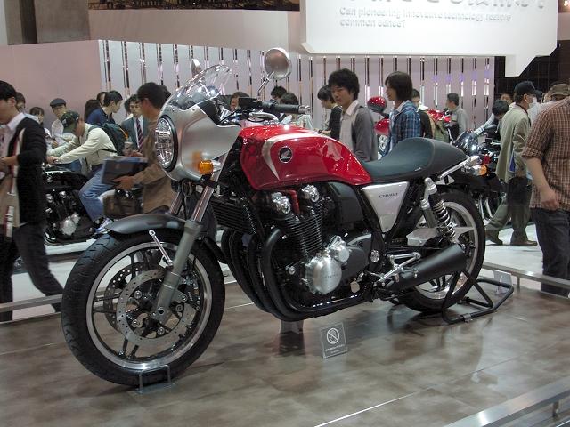 2009/11/01 CB1100 カスタマイズ・コンセプト(1)
