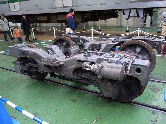 2009/12/05 東京メトロ6000系 FS515台車