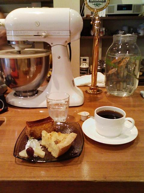 2010/03/14 cafe TUTU ケーキセット