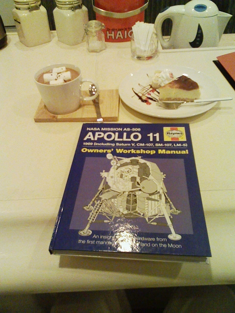 2010/04/02 Haynes Owner's Workshop Manual APOLLO 11