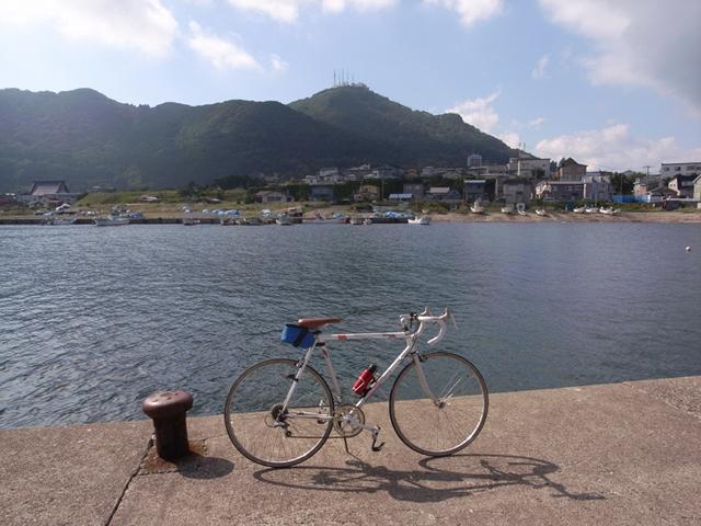 2010/08/28 弁天漁港から函館山を望む