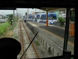 070701 流山線 小金城趾駅での列車交換風景。