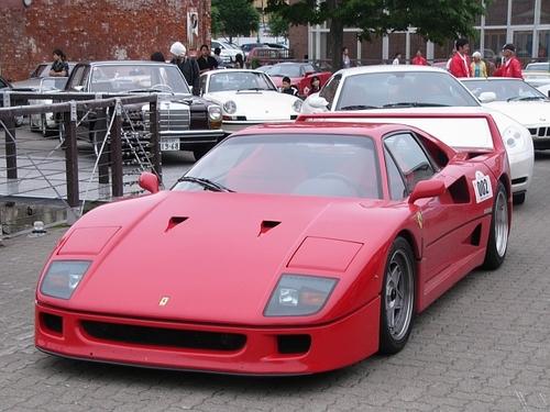 #002 1990年 フェラーリF40