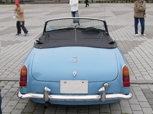 #207 1963年 MG-B [2]