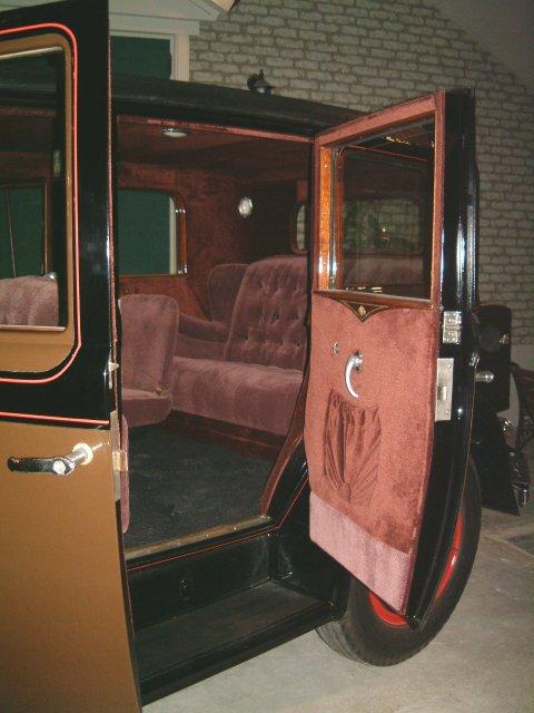 1928 Cadillac Sedan [4]