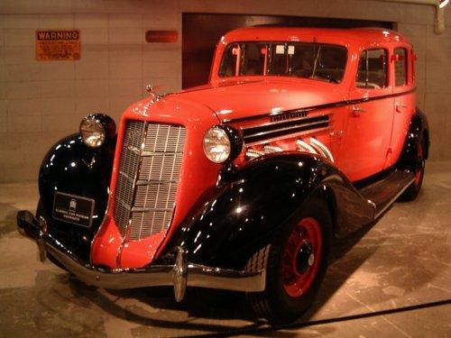 1936 Auburn 852 Sedan [1]