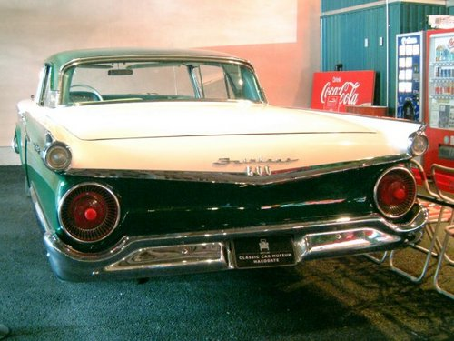 1959 Ford Fairlane Skyliner [2]